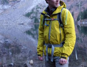 good-quality-hiking-jacket